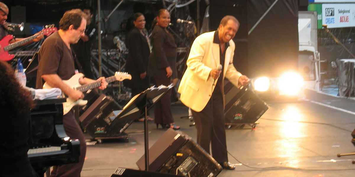 Al performing with Ben E. King